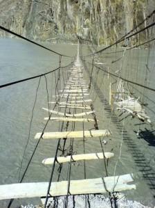 scary-wooden-foot-bridge1